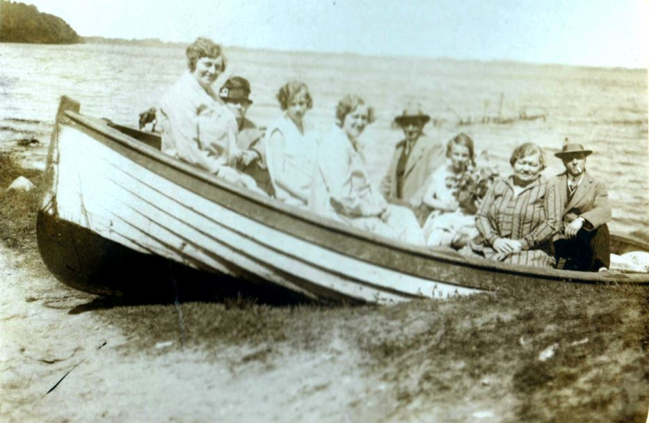 59.12   Ved Furesøen 1925 3520
