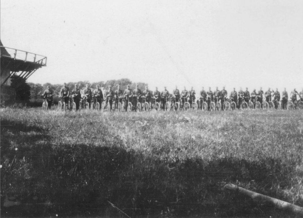 100.117 Soldater på øvelse formodentlig ved Kronborg 1933