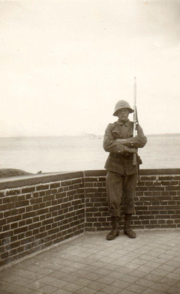 100.118 Soldat ved Kronborg 1933