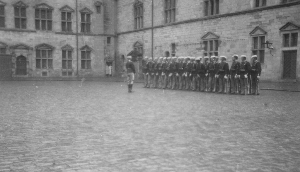 100.121 Soldater ved Kronborg cirka 1933