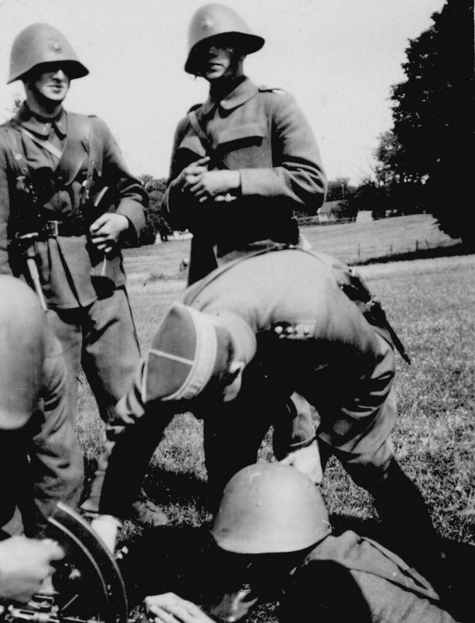 100.125 Soldater ved Kronborg cirka 1933
