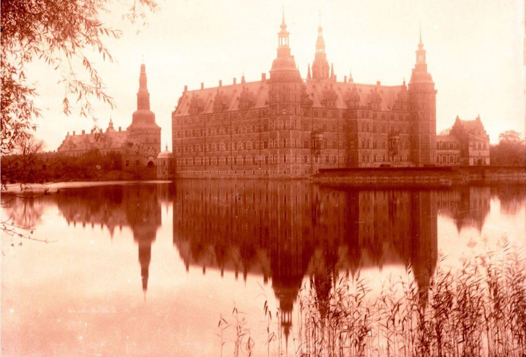 10909.25 Frederiksborg Slot