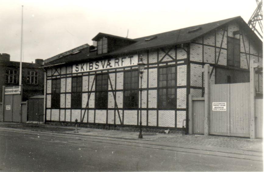65.15 Nordhavnsværftet Værftet blev etableret i juli 1918 som reparationsværft. Stifterne var Nielsen & Petersen indehaverne af et tilsvarende motorreparationsfirma.