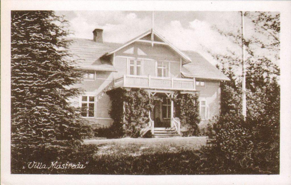 71.177 Villa Mastreda på ubenyttet postkort. Udgivet af forlag i Hellerup, så mon ikke det er der fra området ?