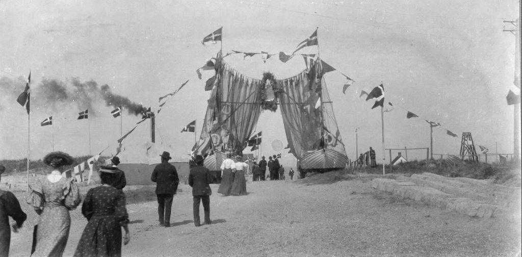 71.63  Frederik 8. besøg i Vorupør, 8. august 1908  7700
