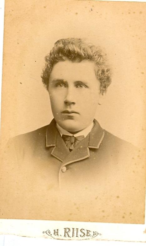9.22.1  Taget i København 1888 Jens Christian Jensen fotograferet 1888 i København
