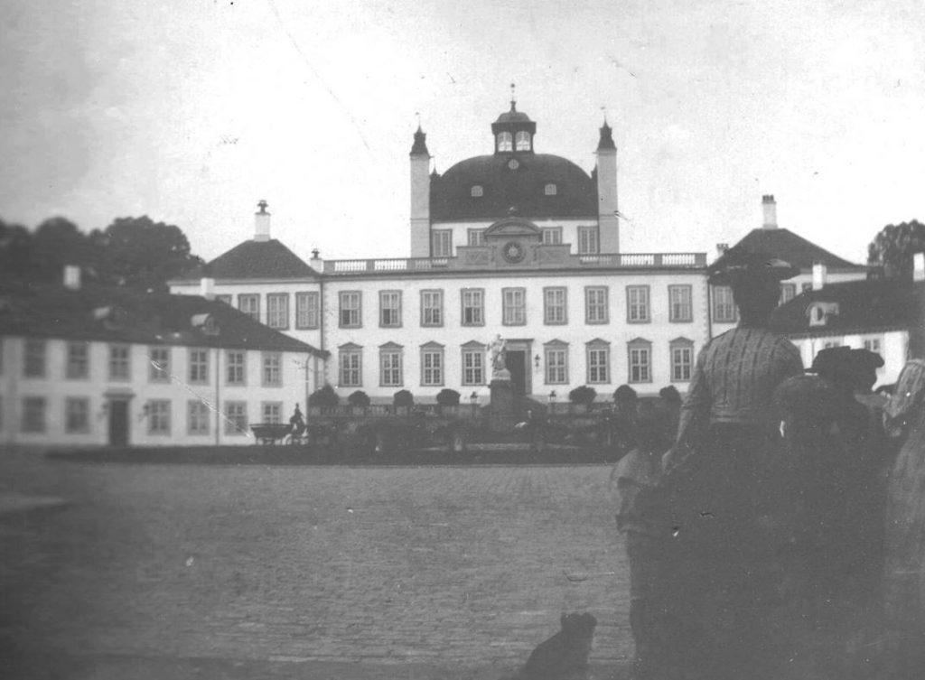 73.48  Fredensborg Slot,3480