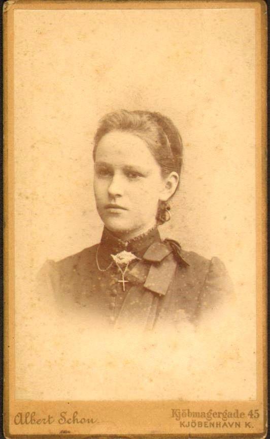 74.16 Else Thomasine Møller f. 9/6 – 1872