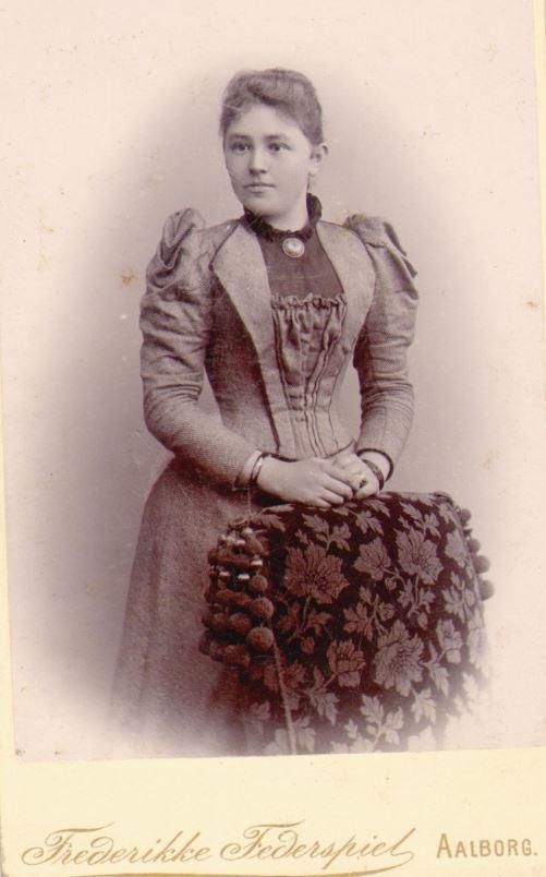 74.91 Ida Johanne Møller, f. 13/8 – 1870  Tekst : 28636