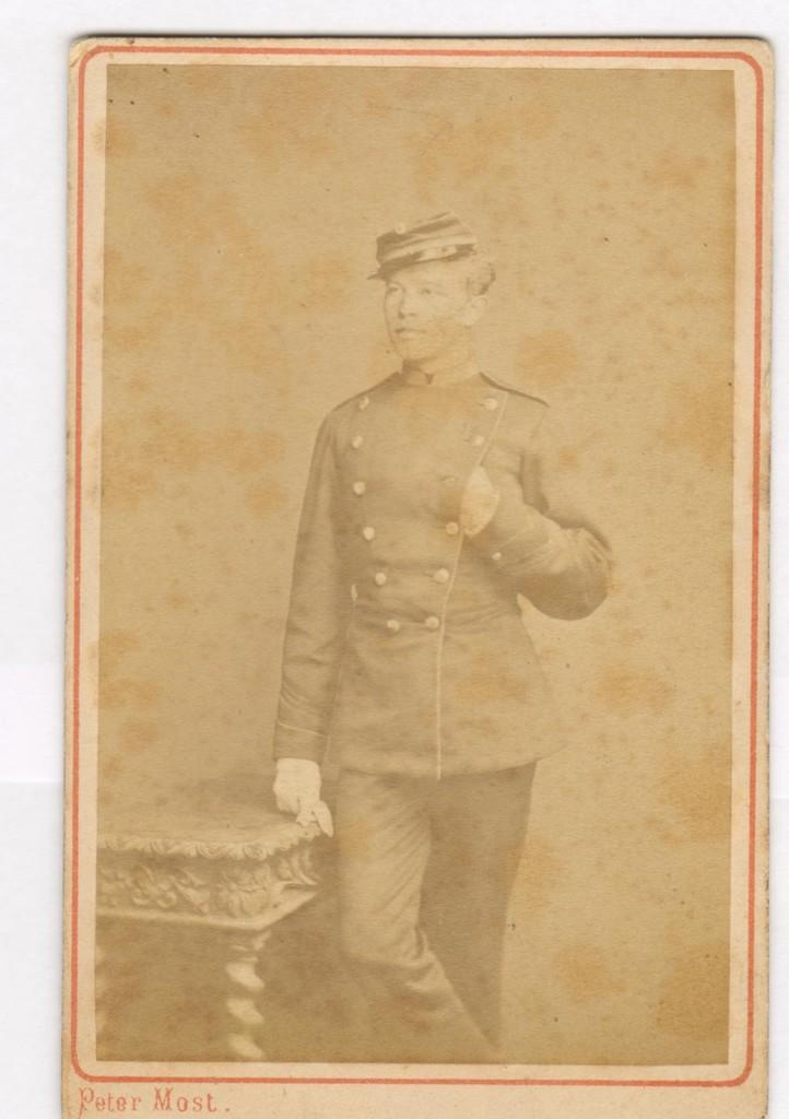 75.15  Frederik Ringheim f. 26.2. 1854, søn af stabsdyrlæge David Gotschalk Ringheim.  Fotograf Peter Most, Østergade 22, København