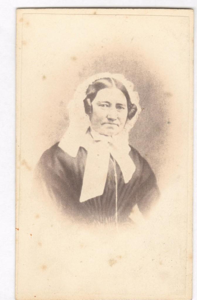 75.8 Sophie Cathrine Quist, 31.12.1808 gift med Ferdinand Felix Borch,datter af Peter Martin Quist. - Se denne  Fotograf Peter Christian Koch, Vesterbro nr. 4