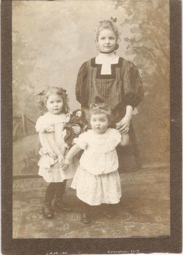 75.91  Else, Anette og Alice v. Well. Dateret december 1907