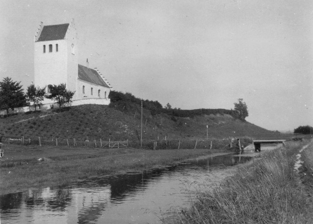 11051.20  Fårevejle Kirke
