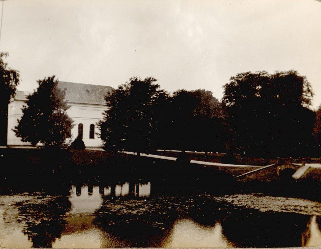 11051.24 Hørsholm Kirke.Tak til Søren Krabbe for info