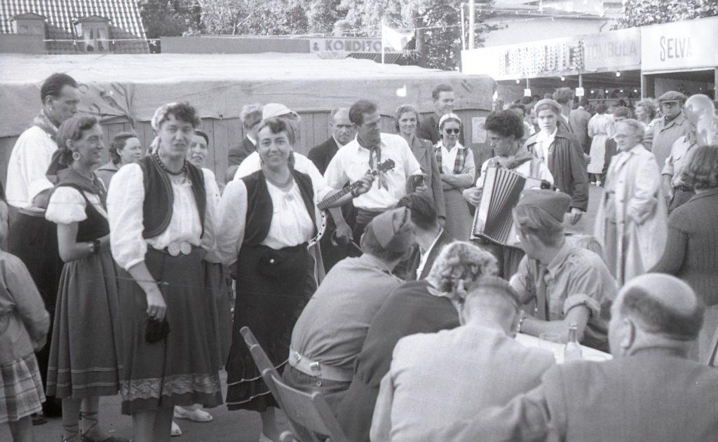 100.4.300 Byfest, Torvet Frederiksværk
