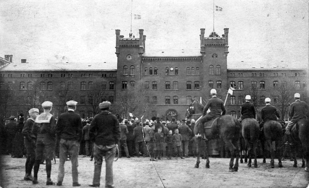 11954.7.1 Genforeningen i Haderslev 1920- Kasernen
