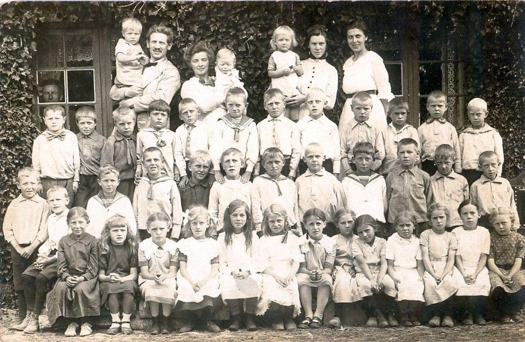 10.20 Havreholm gamle skole.