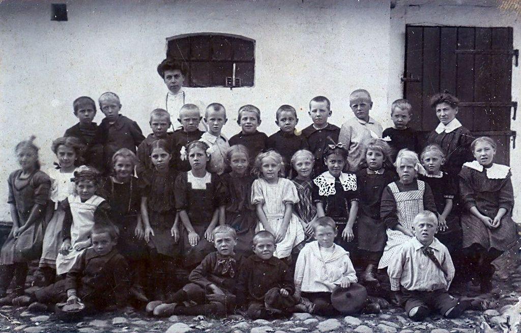 10.58 Havreholm gamle skole.