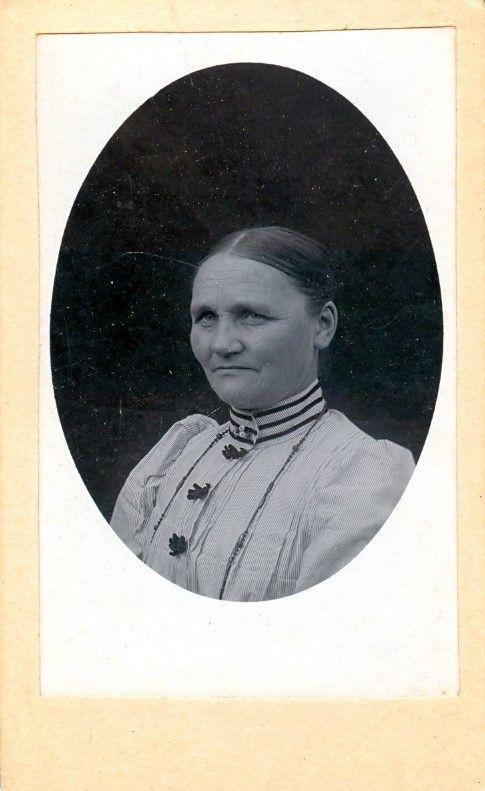 11.25 Marie Jacobsen, Smidstrup