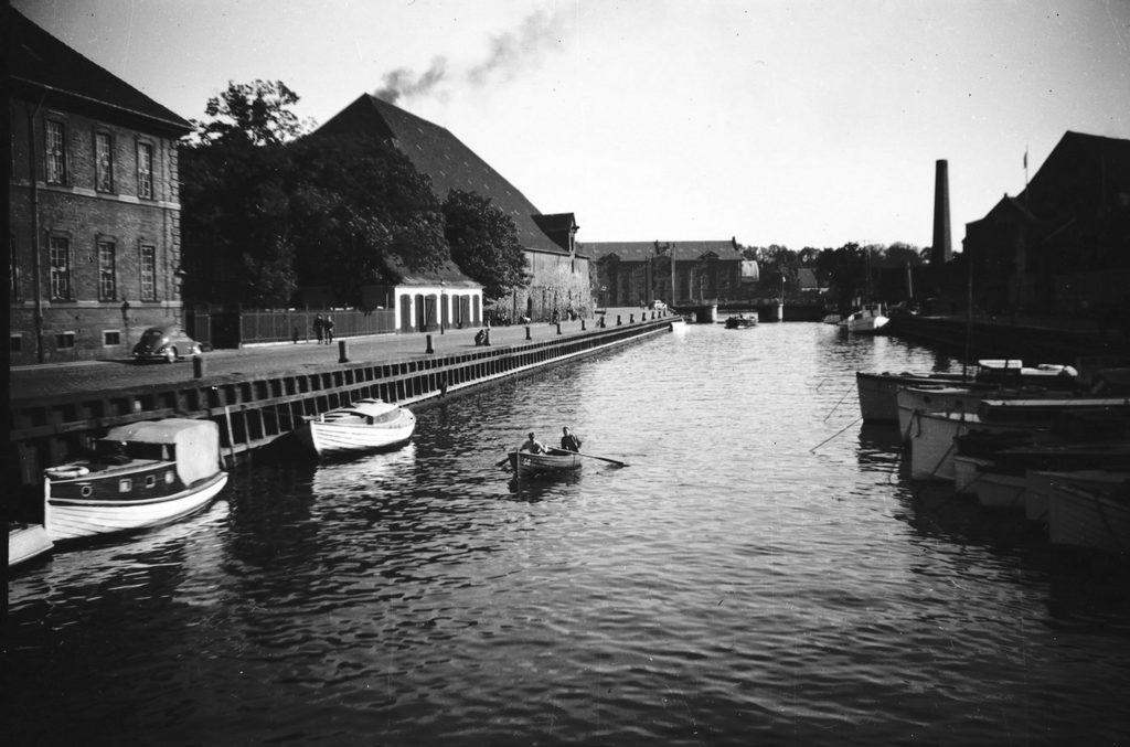 3.58.1 Frederiksholms Kanal og Bryghuset