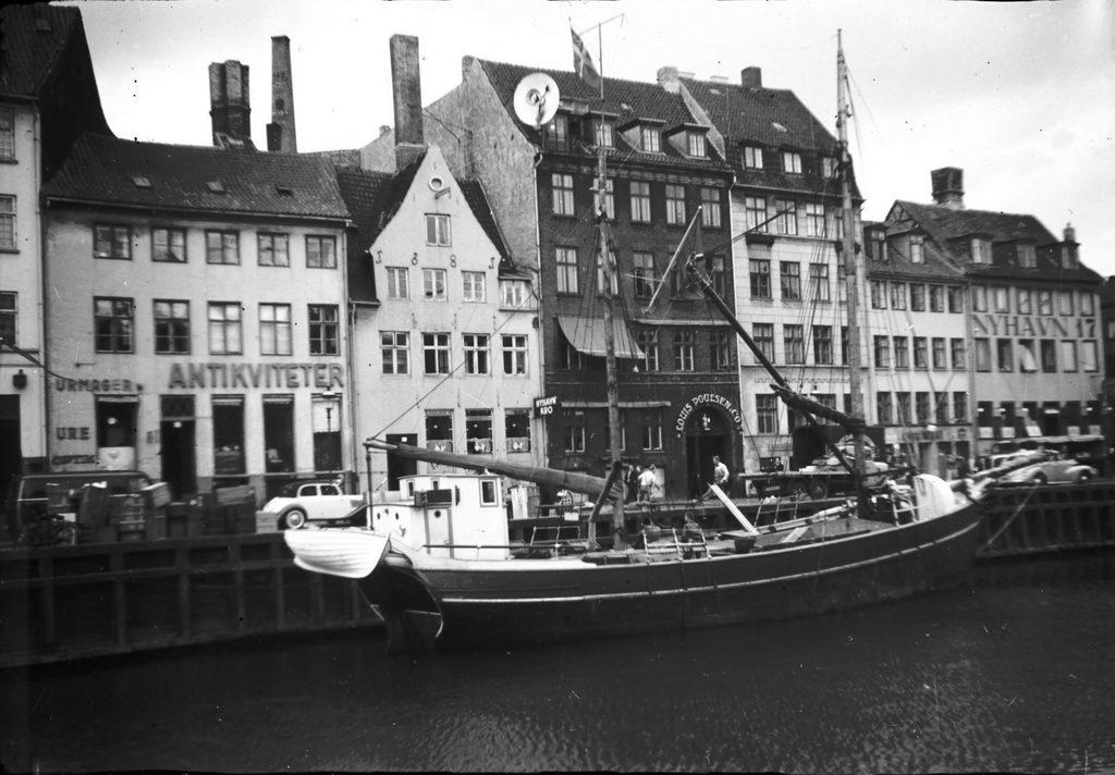 3.63 Nyhavn år 1952. 1051