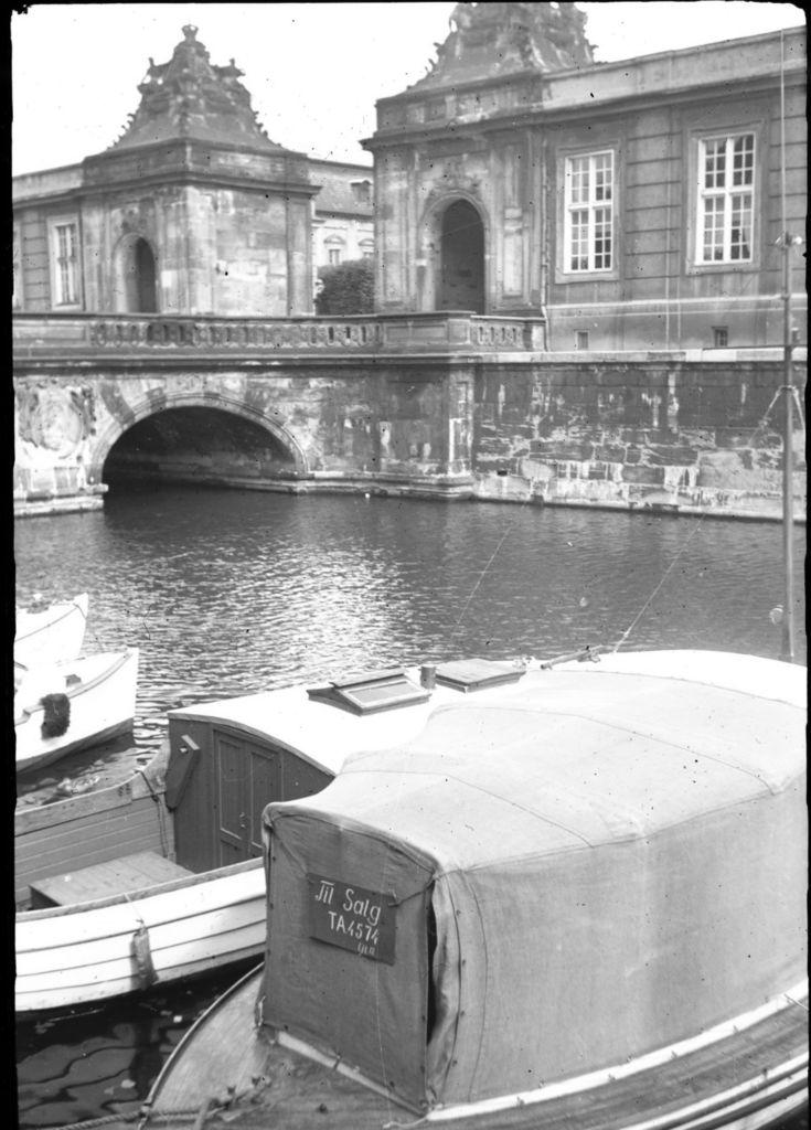 3.64.1 Marmorbroen ved Christiansborg Slot