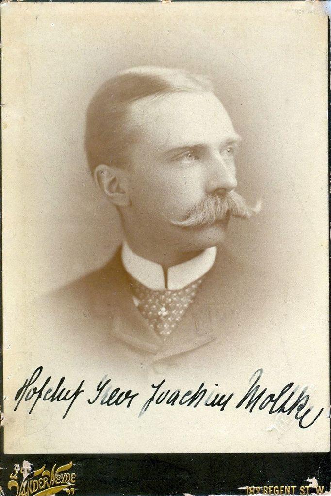 15.2 Hofchef Greve Joachim Moltke