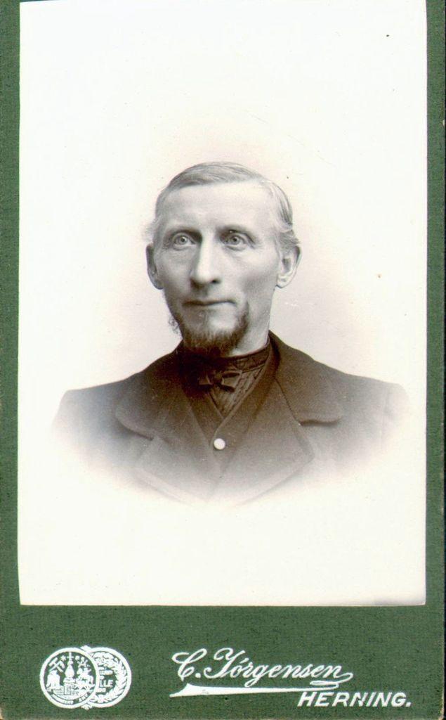 18.58 Palle Nielsen Fløe f. 1850