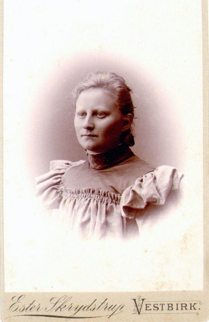 18.9 Sidsel Kathrine Dinesen f. 13.4.1876 i Kollund