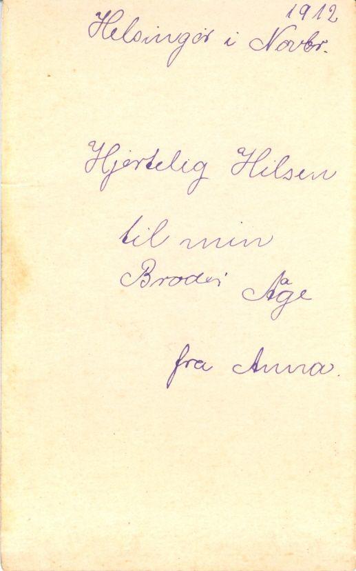 20.5 Anna fotograferet i 1912 med hilsen til broder Åge.