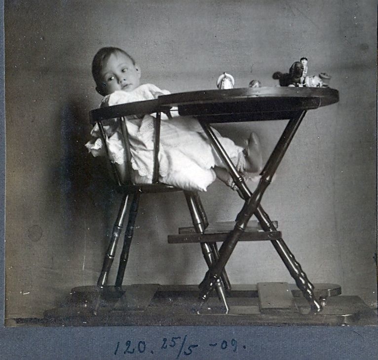 30.120 Axel Schmuhl, f. 26.8.1908