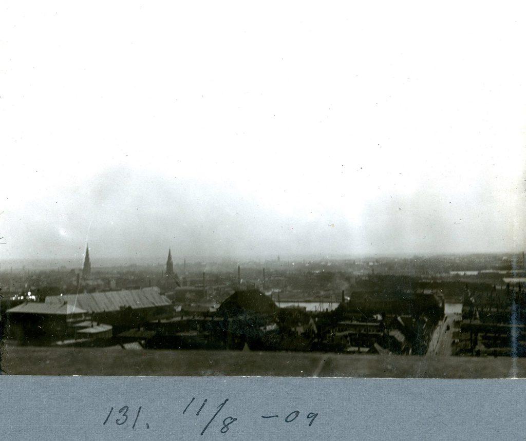 30.131 Udsigt over København 11. august 1909