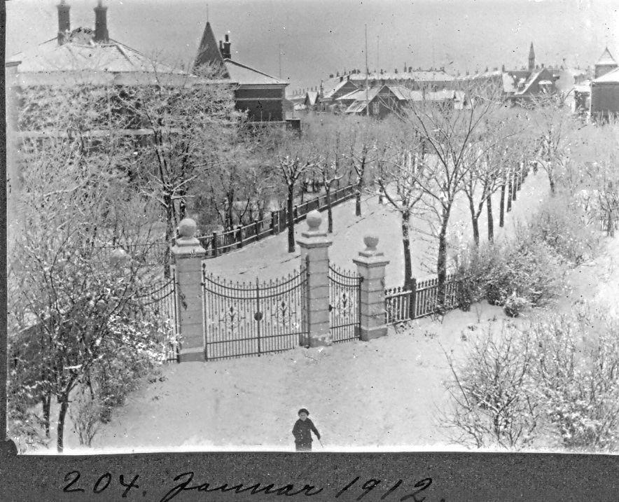 30.204 Udsigt fra Villa Sans Soici januar 1912. 2300 København.