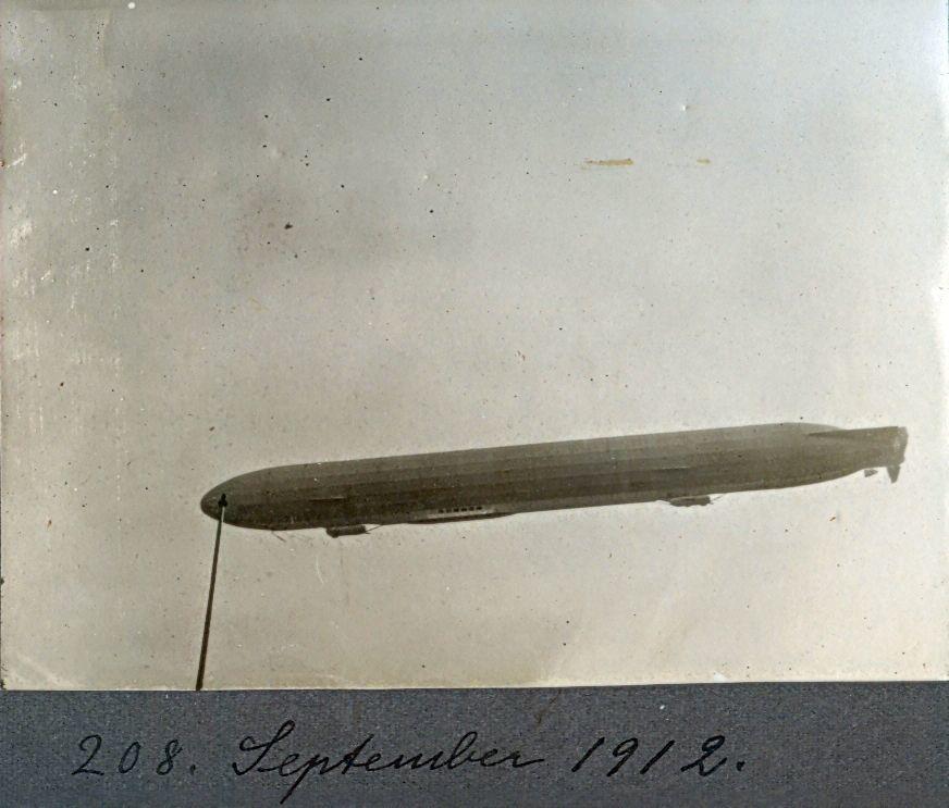 30.208 Zeppelin over København september 1912