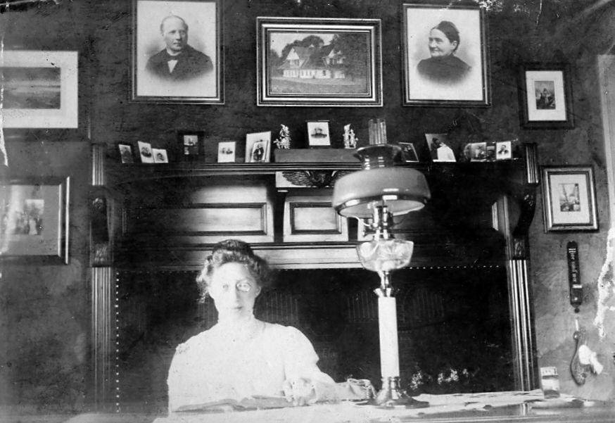 30.5 Erna Thala Schmulhl f.11.3.1882