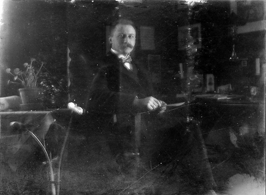 Wilhelm Schmuhl, foråret 1908