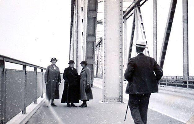 30.426 Besøg på den nybyggede Lillebæltsbro.