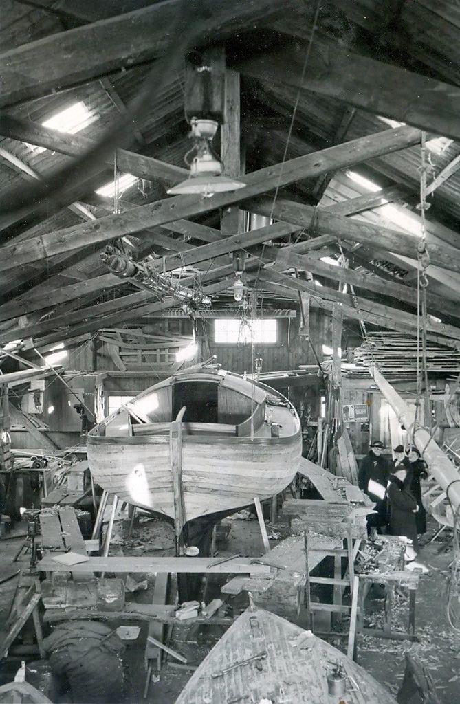 30.511 Sejlbåden Callina bygges. Her i november 1937.