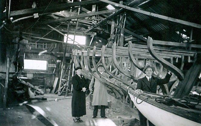 30.512 Sejlbåden Callina bygges. Her i november 1937.