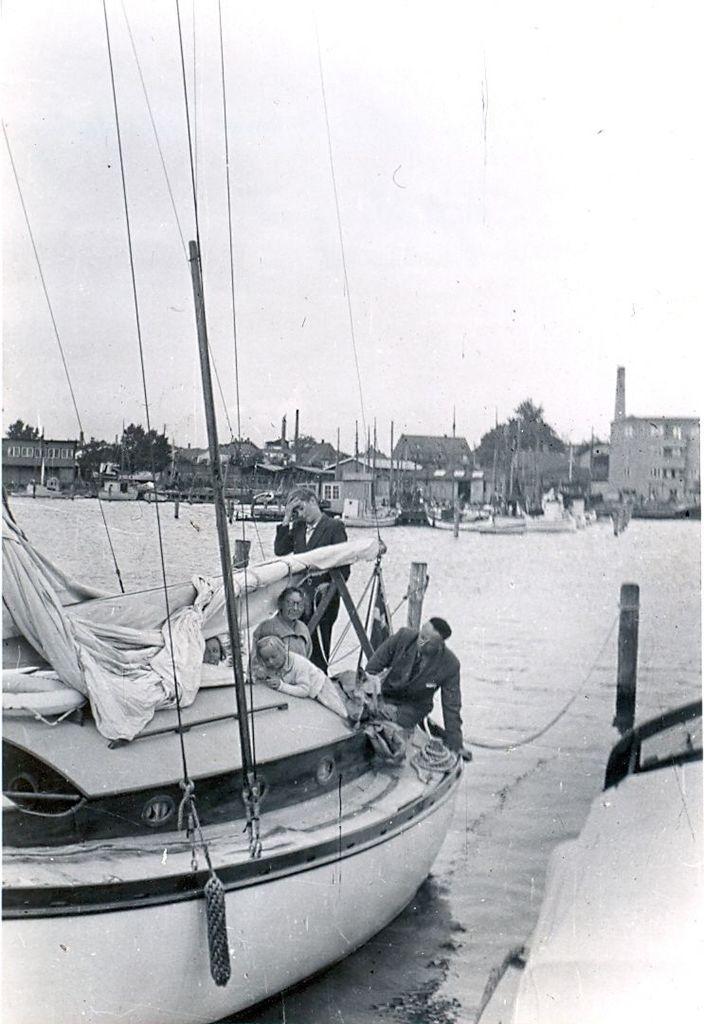 30.571  Torbens fødselsdag i Nykøbing f. 25.7.1950