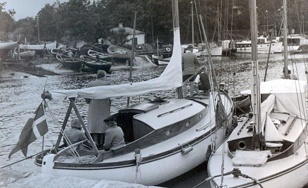 30.617 Humlebæk, sommeren 1942