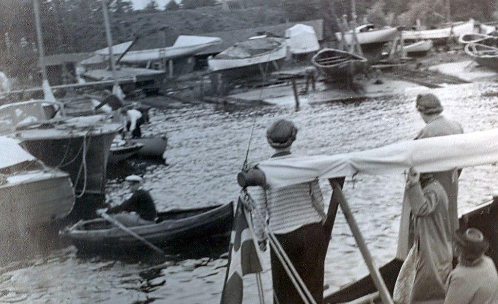 30.619 Humlebæk, sommeren 1942