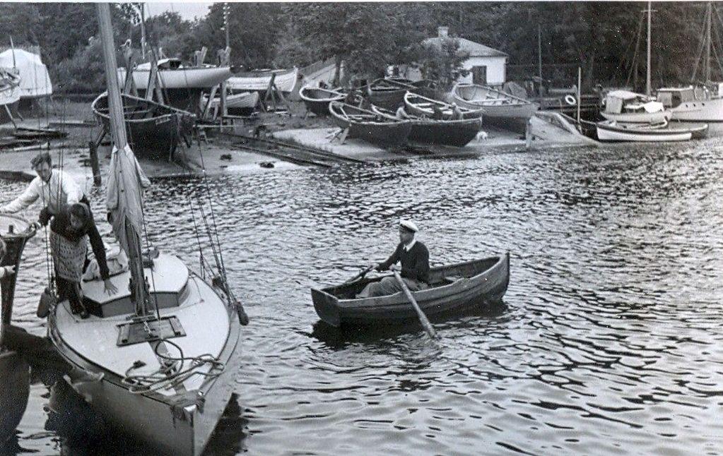 30.620 Humlebæk, sommeren 1942