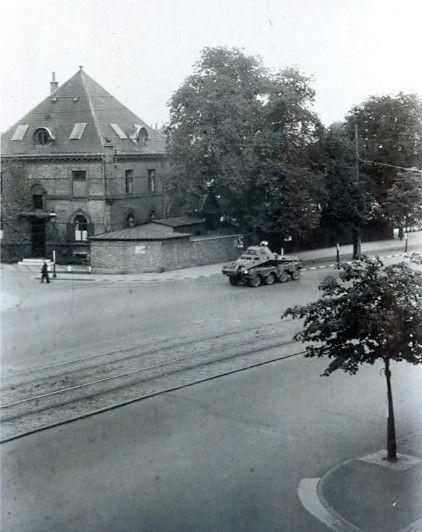 30.741 Åboulevard med udsigt til hjørnet ved Ewaldsgade. Foråret 1944