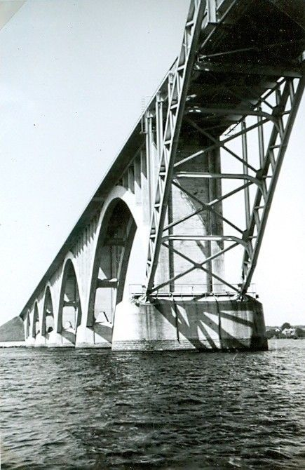 30.810 Ukendt bro.