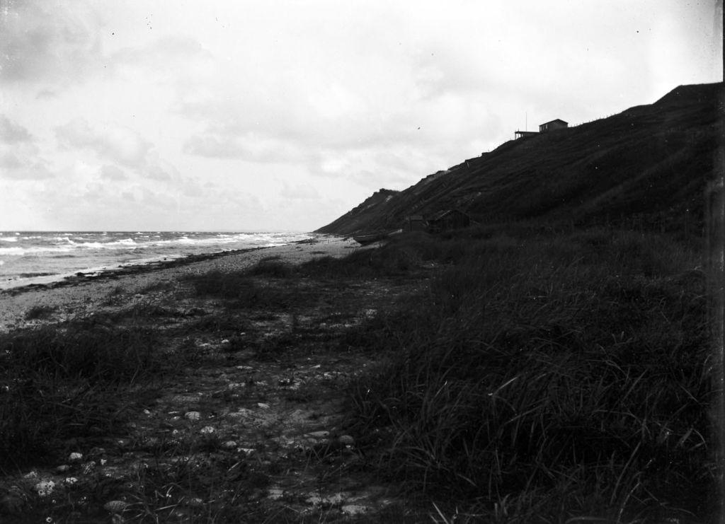 22.35 måske Tisvilde strand