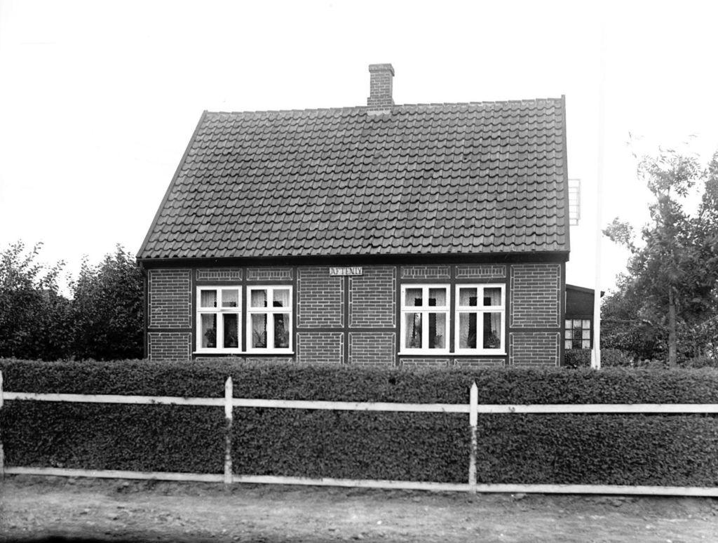 22.9  Tekst 17.9.1928. Villa aftenly