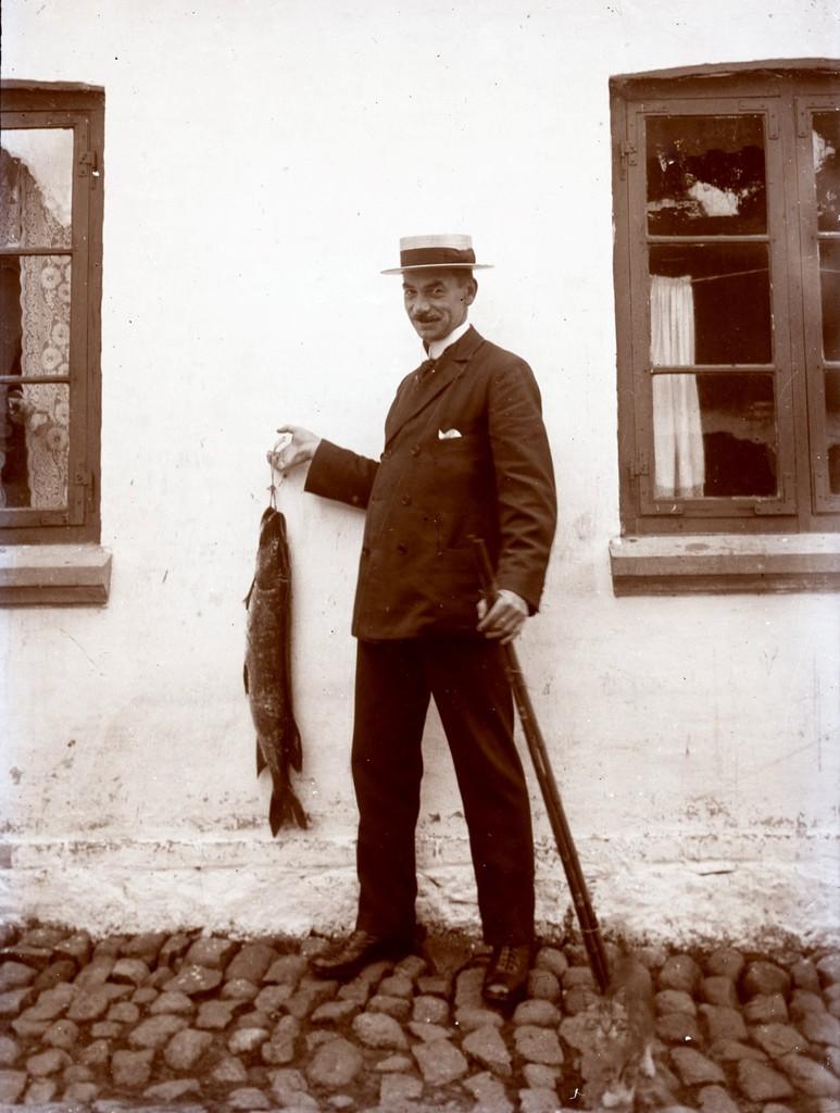 1.9 Ukendt,men måske Johan Kristian Teilmann f. 5.4.1876