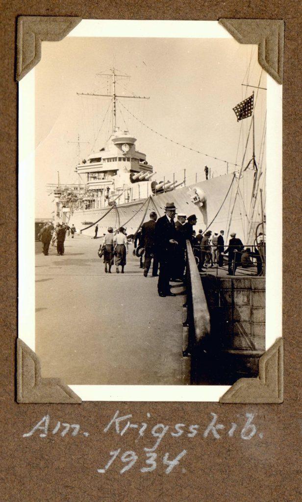 70.36 Amerikansk krigsskib ved Langelinie. Sommeren 1934