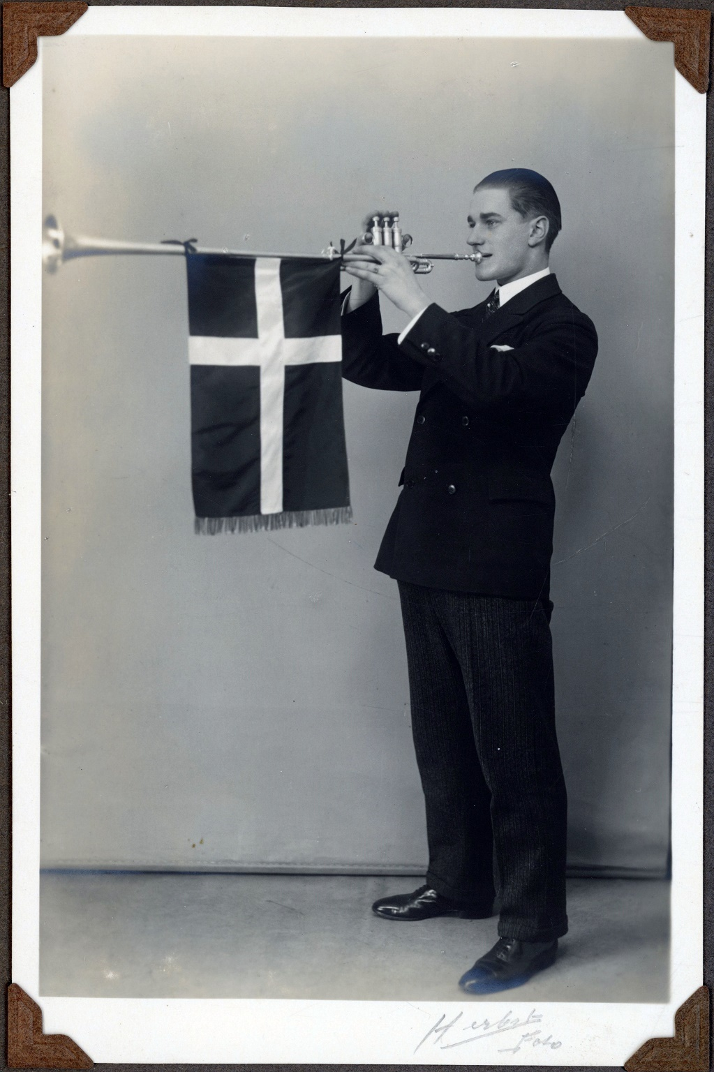 70.317 Edvard Thomsen 1930